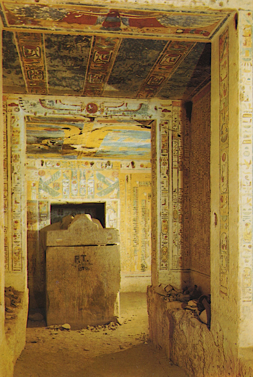 a study on pharaohs and egyptian tombs Tomb in giza pyramid is protected by a 'primitive machine' built by the ancient egyptians to deter robbers from looting the tombs of great pharaohs, ancient egyptians may have constructed primitive machines inside the pyramids to defend royal funerary chambers.